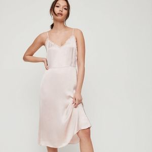 Aritzia Wilfred Mille Dress in Camille size 4